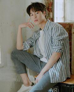 Drama Korea, Korean Drama, Asian Boys, Asian Men, Boy And Girl Friendship, Handsome Korean Actors, Kdrama Actors, Korean Artist, Korean Men