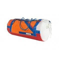 Sacca cilindro impermeabile realizzata con vari tipi di tessuti nautici foderata internamente con tendalino ultraleggero. Tracolla e maniglie regolabili. Tasca esterna ed interna. PEZZO UNICO NUMERATO INTERNAMENTE. Gym Bag, Bags, Handbags, Duffle Bags, Taschen, Purse, Purses, Bag, Totes