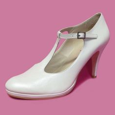 eba8cb746c00c  mariage  chaussure  chaussurefemme  grandetaille  grandepointure  femme   mode  gay  travesti  chaussuremariage  habillée  talonfin  talonhaut