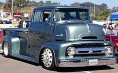 1956 Ford Quad Cab, so nicely done. Hot Rod Trucks, Lifted Trucks, Cool Trucks, Big Trucks, Chevy Trucks, Pickup Trucks, Cool Cars, Truck Rims, Pickup Camper