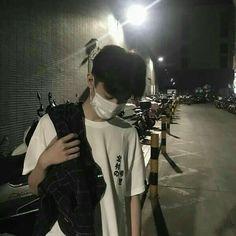 Pict of ulzzang boy. Korean Boys Ulzzang, Cute Korean Boys, Ulzzang Couple, Ulzzang Boy, Asian Boys, Beautiful Boys, Pretty Boys, Korea Boy, Boy Photography Poses