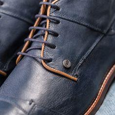 REHAB Lector Indigo #indigo #lector #buffalo leather #rehabfootwear #classiccollection #blueshoes
