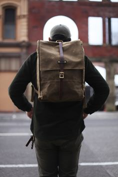 Modern Hepburn - novh: The Rucksack by Archival Clothing - Made. Leather Backpack For Men, Leather Bag, Looks Style, My Style, Oregon, Men's Backpack, Weekend Style, Urban Outfits, Fashion Handbags