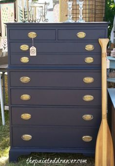 More of Lucketts – a TON of pics | The Painted Drawer General Finishes Coastal Blue - in LOVE!!!