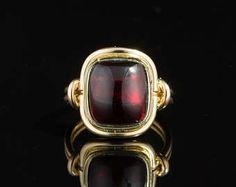 Edwardian Natural Garnet Single Stone Gents and Ladies Ring
