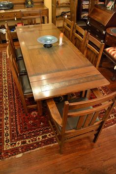 Craftsman Style Dining Room Furniture Mission Oak Dining Table Arts and Crafts and by Craftsman Style Furniture, Mission Style Furniture, Craftsman Interior, Craftsman Dining Tables, Dining Table Chairs, Dining Room Furniture, Oak Chairs, Dining Rooms, Kitchen Dining