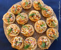 Kruche babeczki z tatarem z łososia firmy #Suempol #tatar #łosoś #fish #ryba #przepis #babeczki #food #przekąska #starter #meal
