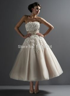 sheer A Line Beaded Bridal Gowns Fold 2015 New Short Wedding Dresses Applique pleats Rhinestone Pleated Tulle Luxurious Lace