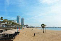 I Barcelona kombineras sol och bad med vacker arkitektur, bra shopping, sena nätter och myllrande folkliv. www.ving.se/barcelona
