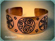 Stencil Fabric, Cuff Bracelets, Artisan, Deviantart, Jewelry, Email, Romania, Popular, Jewels