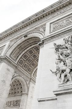 Arc de Triomphe. I Take for granted some of the beautiful things I've had the opportunity to see❤