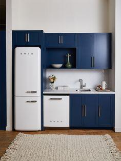 Top Kitchen Trends 2020 - What Kitchen Design Styles Are In Kitchen Cabinet Trends, Kitchen Interior, Kitchen Design Small, Kitchen Furniture, Kitchen Design Trends, Kitchen Trends, Kitchen Remodel, Kitchen Renovation, Kitchen Design