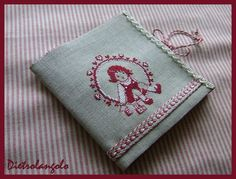Needle book... Lovely design