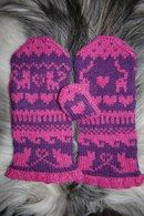 Cat's Chocohole Mittens pattern by Connie H Design