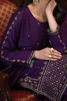 Fancy Dress Design, Stylish Dress Designs, Stylish Dresses, Simple Dresses, Elegant Dresses, Fashion Dresses, Pakistani Formal Dresses, Pakistani Bridal Wear, Pakistani Dress Design