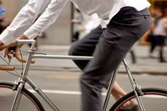 Must-Have Bike Commuter Gear: 28 Essentials | The Active Times #bike #city #urban