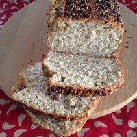 Pão de linhaça rápido (sem glúten e sem lactose)