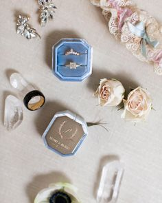 I just love flat lay shots. they are a great way to showcase the accents from your wedding! Photographers in order Flowers Instagram, Flatlay Styling, Flat Lay, Just Love, Photographers, Wedding Flowers, Wedding Photos, Wedding Planning, Wedding Decorations