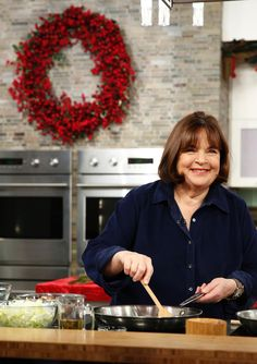 Ina Garten, Barefoot Contessa and Thanksgiving queen, has a few tips for you.