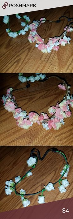 🌼Headbands🌼 🚫Free with any 30 dollar bundle. Or purchase for price below.🛇♡Set of 2 flower headbands. Some of the flowers have fallen off of both of them but still cute and wearable. One has pink flowers and the other has white♡🚭Smoke free home🚭》🐶Pet friendly home🐶》🌻All clothes get washed, dried , and lint rolled before shipment🌻 Accessories Hair Accessories