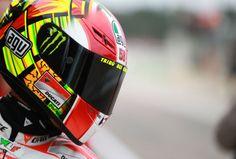 Valentino Rossi explains Marco Simoncelli tribute helmet - | Motorcycle Sport | MotoGP News | MotoGP Results | MCN