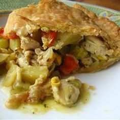 To cook for new moms--Easy Chicken Pot Pie. Pie Recipes, Chicken Recipes, Dinner Recipes, Recipe Chicken, Breakfast Recipes, Easy Chicken Pot Pie, Cooked Chicken, Rotisserie Chicken, Yum Yum Chicken