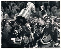 1992 Stanley Cup Champions: Pittsburgh Penguins sweep the Chicago Blackhawks Pittsburgh Sports, Pittsburgh Penguins Hockey, All About Penguins, Lets Go Pens, Wayne Gretzky, Stanley Cup Champions, Penguin S, One Team, Tennis Players