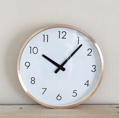 Horloge murale scandinave en cuivre hubsch d co - Horloge murale cuivre ...