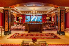 Fashion Week Collection: expensive room in the seven-star hotel in Dubai