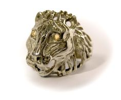 Lion's head ring with two zirkonia