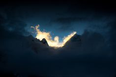 https://flic.kr/p/GYedUZ | Rise of the Phoenix | Bird-shaped cloud rising between Rondoy and Jirishanca during sunrise.  Taken from Jahuacocha  Cordillera Huayhuash, Peru  © 2016 Pichaya Viwatrujirapong Facebook | Behance | 500px