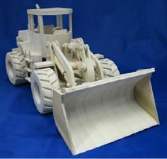 Woodworking Showdown:model loader. Made by Allyn Cook