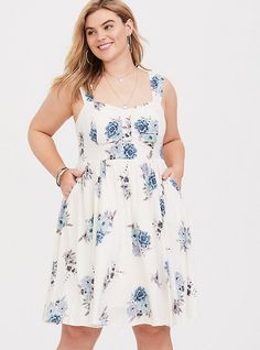 Plus Size Ivory Blue Floral Challis Mini Dress, Big Girl Fashion, Curvy Fashion, Plus Size Fashion, Floral Fashion, Shirred Dress, Belted Dress, Plus Size Dresses, Plus Size Outfits, Floral Sundress