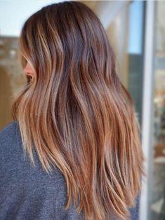 Fall Hair Colors, Brown Hair Colors, Trendy Hair Colors, Brown Blonde Hair, Wavy Hair, Medium Hair Styles, Curly Hair Styles, Hair Medium, Medium Brown