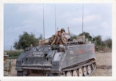 """25th Infantry Division """"Tropic Lightning"""" , Vietnam /Gary O'Rourke collection/."""
