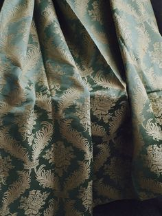 Textil Fabric Curtain Panel Scrolls & Florals Damask Jacquard Vintage Antique397