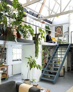 deco loft atelier vegetal dream house luxury home house rooms bedroom furniture home bathroom home modern homes interior penthouse Loft Design, Deco Design, Art Studio Design, Office Space Design, Workspace Design, Instagram Deco, Bedroom Orange, Loft Studio, Dream Studio