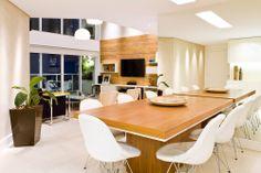 Decoração na medida certa. Veja: http://casadevalentina.com.br/projetos/detalhes/na-medida-ideal-555 #details #interior #design #decoracao #detalhes #decor #home #casa #design #idea #ideia #charm #charme #casadevalentina #diningroom #saladejantar