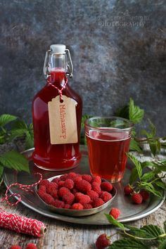 Cooking Recipes, Healthy Recipes, Healthy Food, Hot Sauce Bottles, Chocolate Fondue, Preserves, Squash, Whiskey Bottle, Raspberry