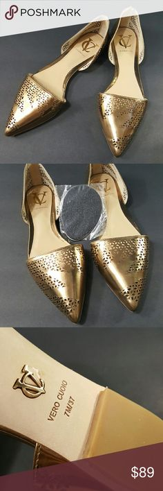 Vince Camuto Perforated Signature Flats 7M / 37 Vince Camuto Perforated Signature Flats 7M / 37. Color: Metallic Bronze. Brand new no box but will mail it wt careful wraps and lovely House Gifts. Prestige Condition wt FREE One Pair of Non Slip Sole Protecter for the Gorgeous flats. Picture #2. Offer only consider through button below. Thanks. Pls kindly ask before purchase no return accept. Guarantee Authentic or your money back! ^_^ Thank you very much for visiting ^_^. Vince Camuto Shoes…