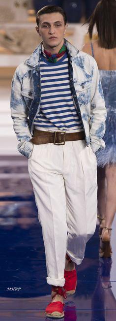 Ralph Lauren Fall 2018 Womenswear_ Vogue-Runway