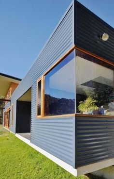 53 trendy home renovation before and after australia garden photos House Cladding, Metal Cladding, Exterior Cladding, Tin House, Casas Containers, Shed Homes, Metal Buildings, Tiny House Design, Beautiful Homes