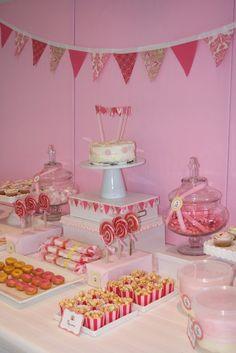 L.O.V.E. this dessert table!!!