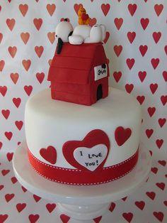 a Snoopy Valentine Cake