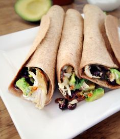 This nutrient-packed healthy Chicken Avocado Burritos recipe is easy to make and fills you up! | recipe via www.yourchoicenutrition.com