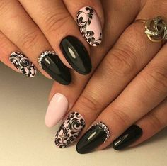 Semi-permanent varnish, false nails, patches: which manicure to choose? - My Nails Gorgeous Nails, Love Nails, Pretty Nails, Fun Nails, Amazing Nails, Nagel Bling, Burgundy Nails, Manicure E Pedicure, Bling Nails
