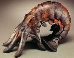 Hand Art, Animal Sculptures, Wood Sculpture, Ceramic Art, Ceramic Figures, Oeuvre D'art, Illustration, Sculpting, Cool Art