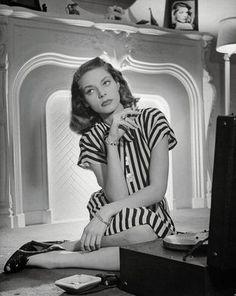Lauren Bacall, beauté feutrée