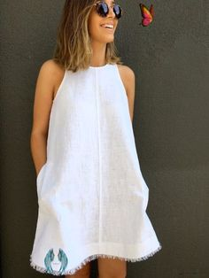 32 Creatively Cool Dresses to Sew for Summer  <br> Need some cool new fashions for the hot summer weather? Summer is almost here and we love making things to wear to the beach, pool, park and on picnics. Whether you are a beginner at sewing or have been making things for years, you are sure to find some awesome sewing projects here, complete with free patterns and step by step tutorials. Enjoy! 1. Kimono Sundress frecklesinapril 2. Handpainted Front Zip Lemon Dress merricksart 3. Easy Caftan… Trendy Dresses, Simple Dresses, Nice Dresses, Casual Dresses, Summer Dresses, Dress Outfits, Summer Outfits, Sewing Clothes, Diy Clothes