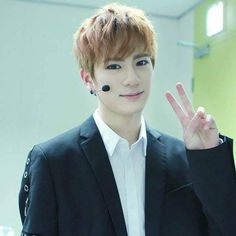 [FANCAFE UPDATE] 170131 | 'U R My Only One' 4th broadcast behind the scenes    #VARSITY #바시티 #ANTHONY #앤써니